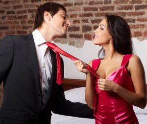 attirer-homme-300x252Être attirée par un homme en couple, est-ce normal ? Les vrais/faux de l'attirance physique