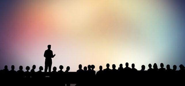 Parler en public : 10 mauvaises habitudes àbannir